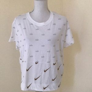 Nike Tops - NEW! Nike XL white S/S tee with Nike written on it